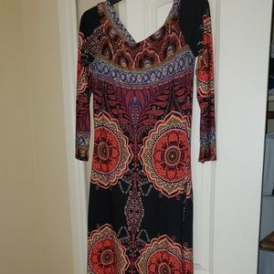 Awesome maxi dress that falls off sholders